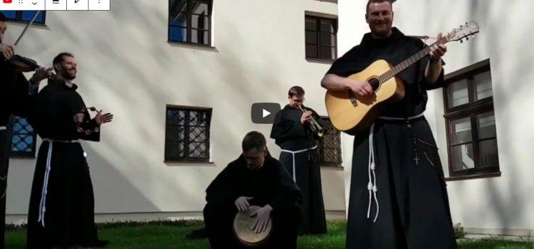 Velikonoční pozdrav bratrů bohoslovců zKrakova